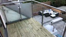 glass balustrade balcony